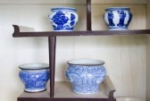 22305572-ancient-porcelain-bowl-placed-on-the-shelves